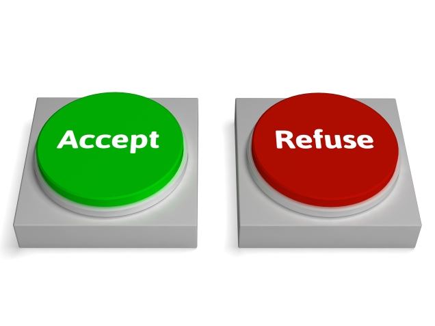 Accept Refuse Buttons Shows Accepted Or Refused